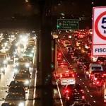 Redução de velocidade máxima no Eixo Norte Sul e na av. dos Bandeirantes